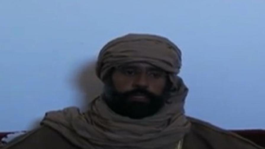 Сейф ал Ислам се преструвал на камилар