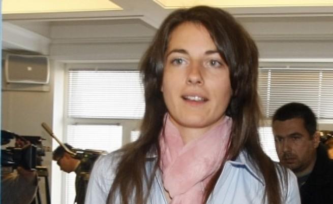 Деница Гаджева подаде оставка от ръководството на