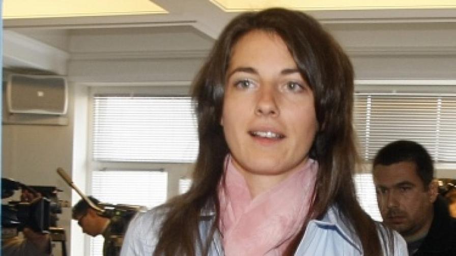"""Деница Гаджева подаде оставка от ръководството на """"Атака"""""""