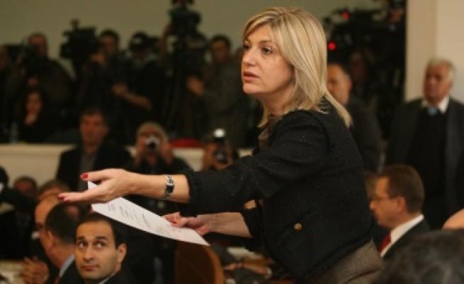 Капка Сидерова е уволнена като главен редактор на в.