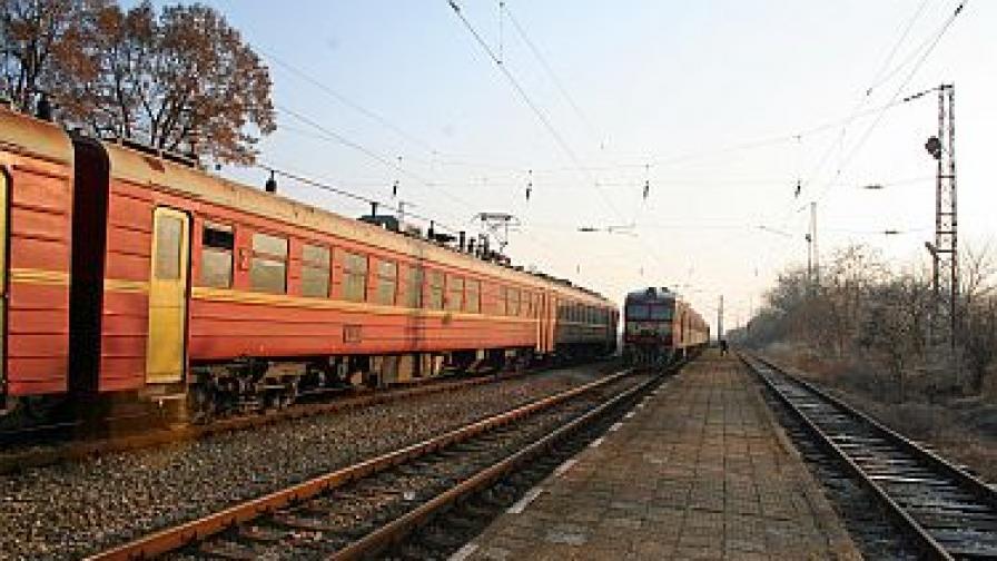 Спират от движение още 36 влака