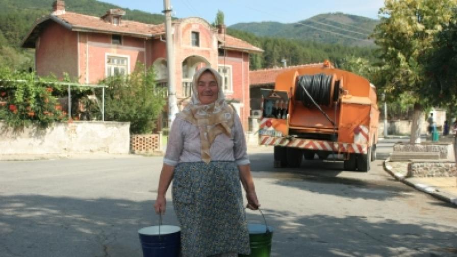 Половин България пие лоша вода