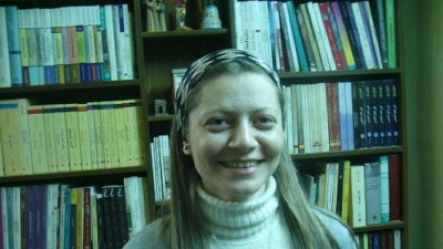 Сирийската адвокатка Разан Зейтуне ръководи комитетите, координиращи сирийския бунт и живее в нелегалност в родината си