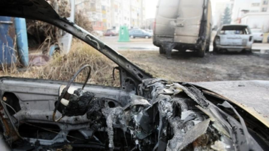 29-годишният Юлиян подпалил 25 коли