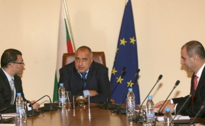 Борисов за забраната на пушенето: Крайно време е