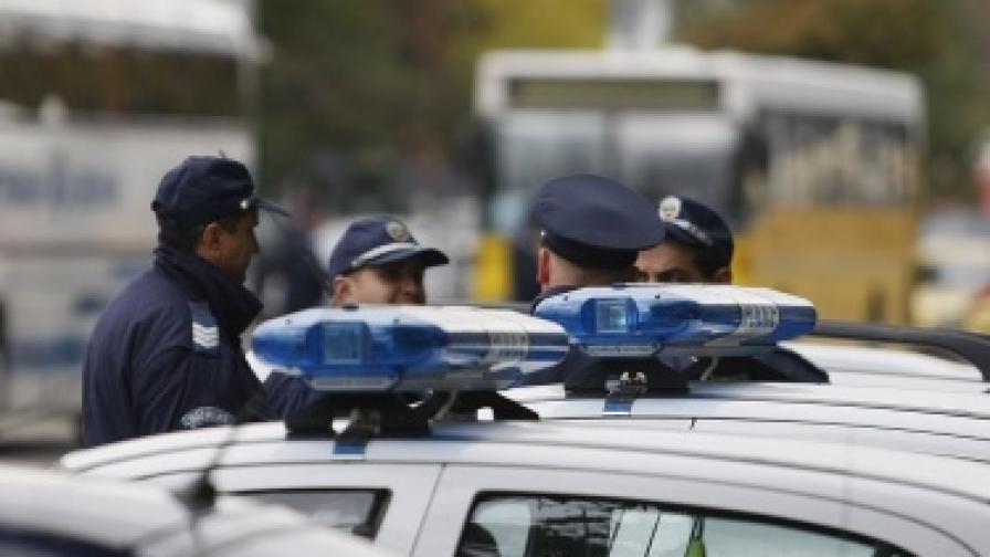 Гранична полиция: Няма пакет с взрив в автобус с израелци у нас