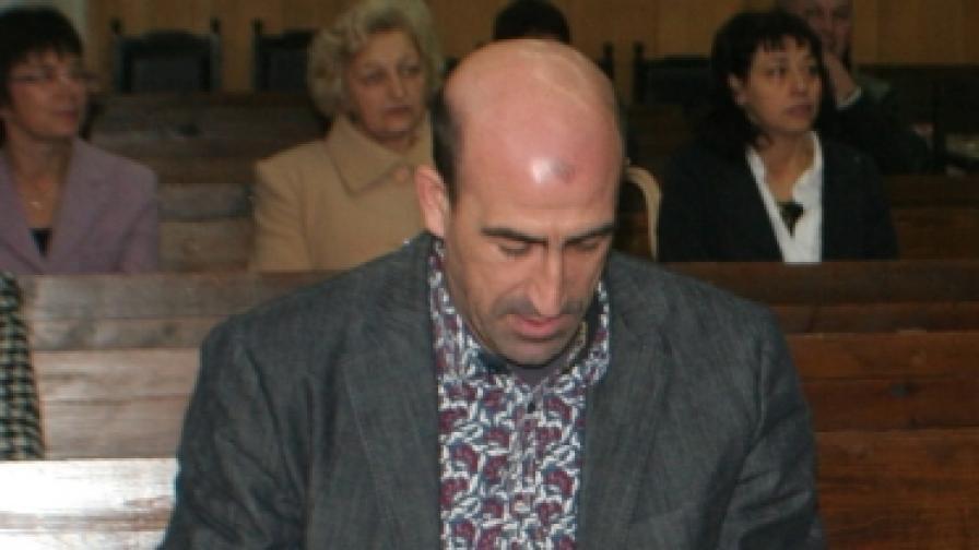 Йордан Лечков в съда по време на едно от многобройните дела, заведени срещу него
