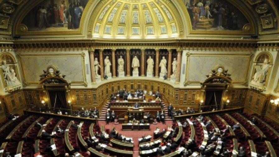 Франция: И Сенатът прие закона за геноцида