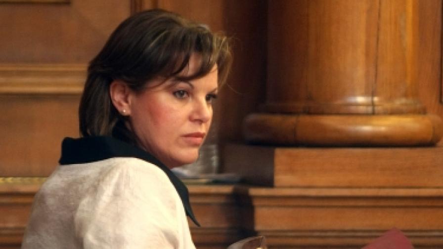 ДВ-р Нели Нешева, управителка на Националната здравноосигурителна каса
