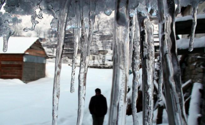 74-годишен от село Буковец оцеля след две седмици само на сняг