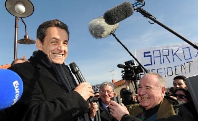 Милионери се борят за президентския стол на Франция