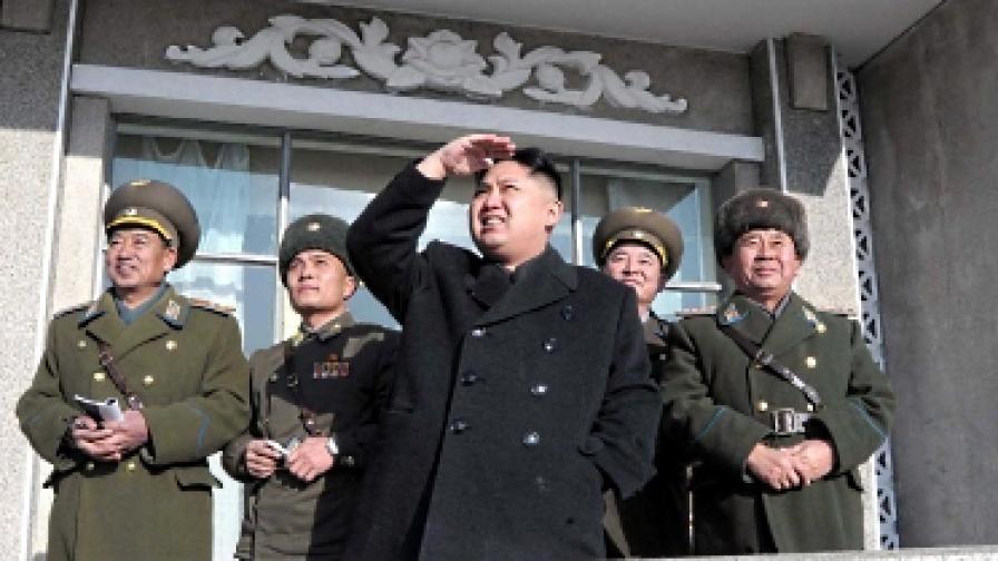 """Северна Корея съгласна на """"ядрен мораториум"""""""