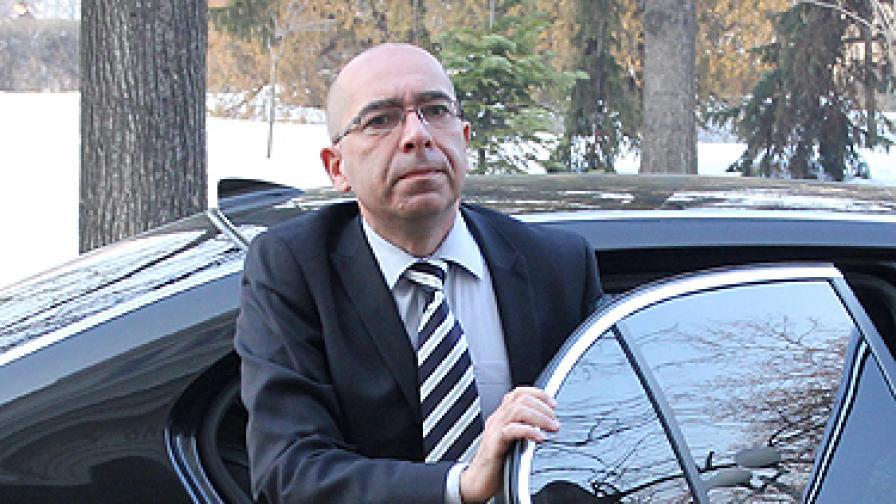 Министър Стефан Константинов: Може да има още уволнения