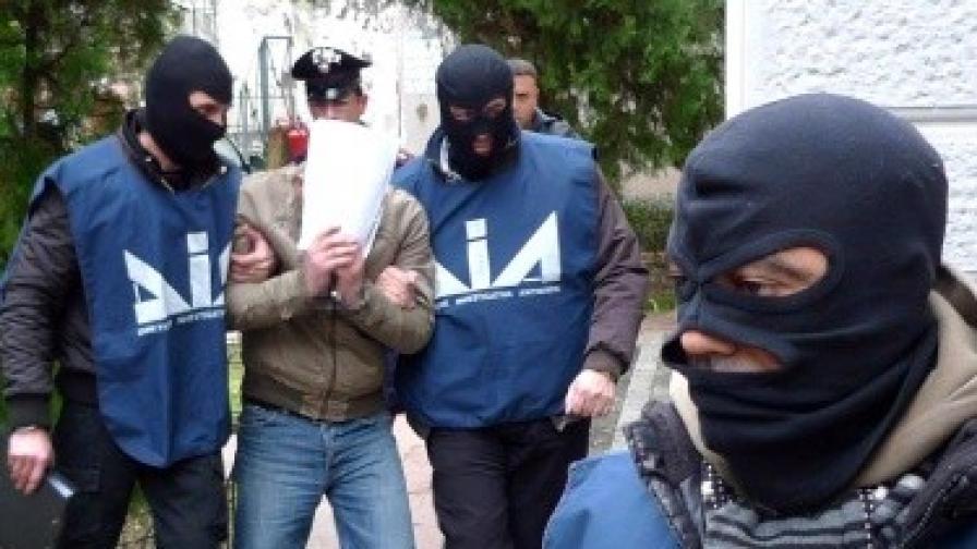 60 ареста в Италия, задържани са 16 данъчни съдии
