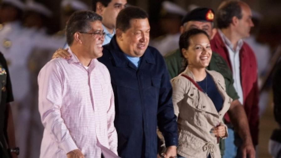 Уго Чавес отново на лъчева терапия