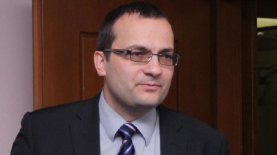 """Край на """"Синята коалиция"""", Мартин Димитров подаде оставка"""