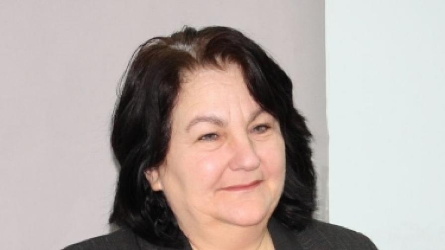 Юлиана Колева, народен представител от Сливен, е председател на новата парламентарна комисия, която ще разследва как са помилвали през двата си мандата президентът Първанов и вицепрезидентът Марин