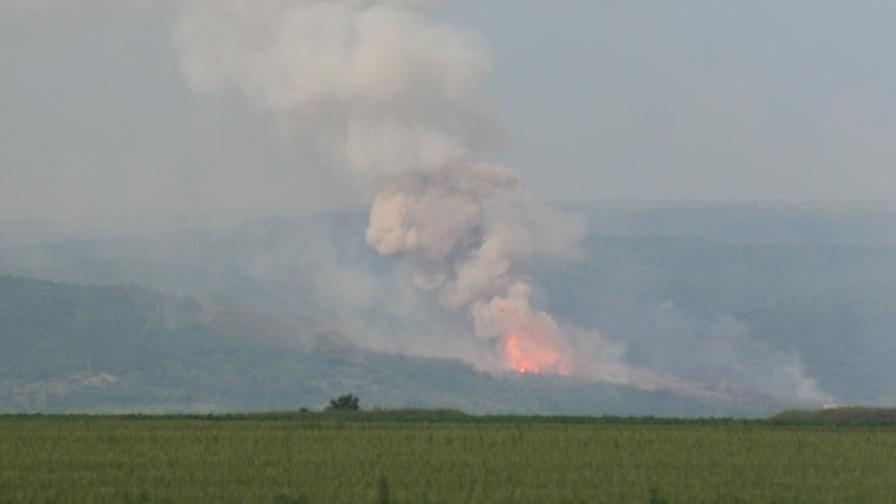 "Контролирани взривове на полигона ""Ново село"""