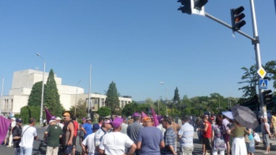 Последният протест на металурзите в Кърджали беше преди няколко дни. Те не вярват, че по-нататъшни улични протести ще доведат до резултат