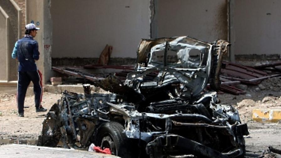 Най-малко 237 души бяха убити, а 603 - ранени, предимно при бомбени атаки, в страната през юни