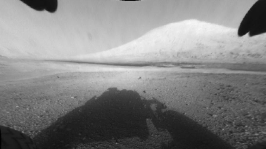 Майк Уоткинс от НАСА: Тези снимки показват Марс такъв, какъвто никога не сме виждали досега...