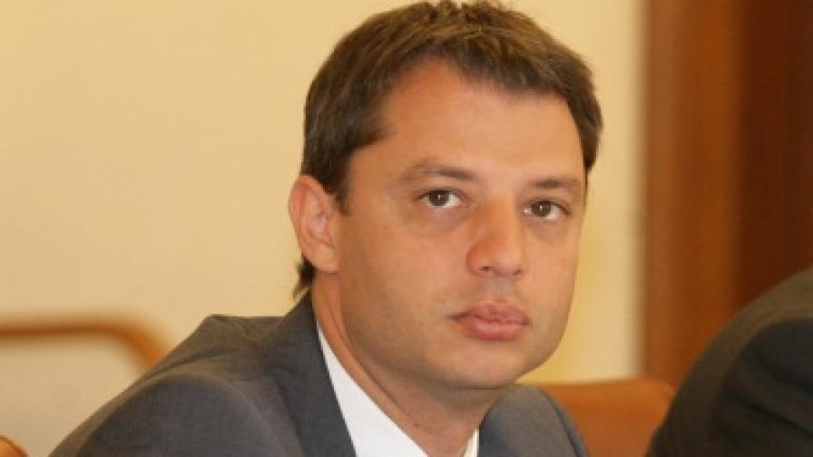 """Делян Добрев: Няма основания за исканите над 1 млрд. евро за """"Белене"""""""