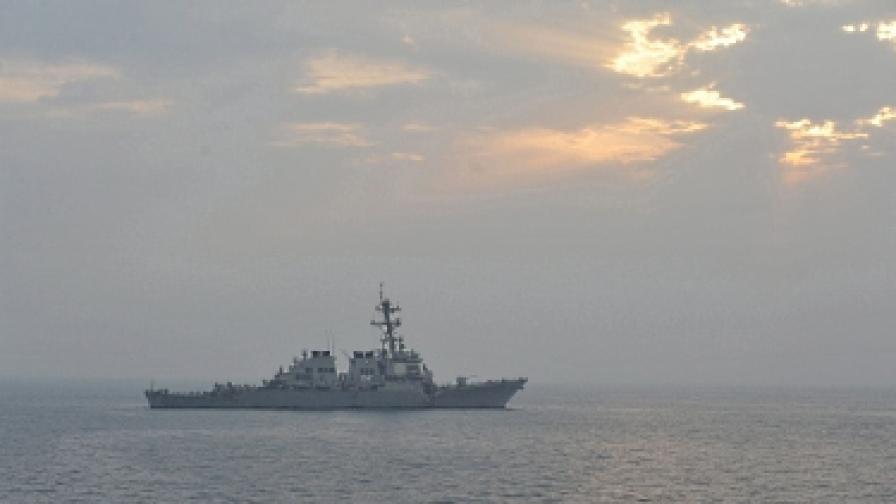 25 страни демонстрират мощ край бреговете на Иран