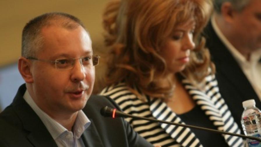 Станишев иска паралелно преброяване на бюлетините на изборите догодина