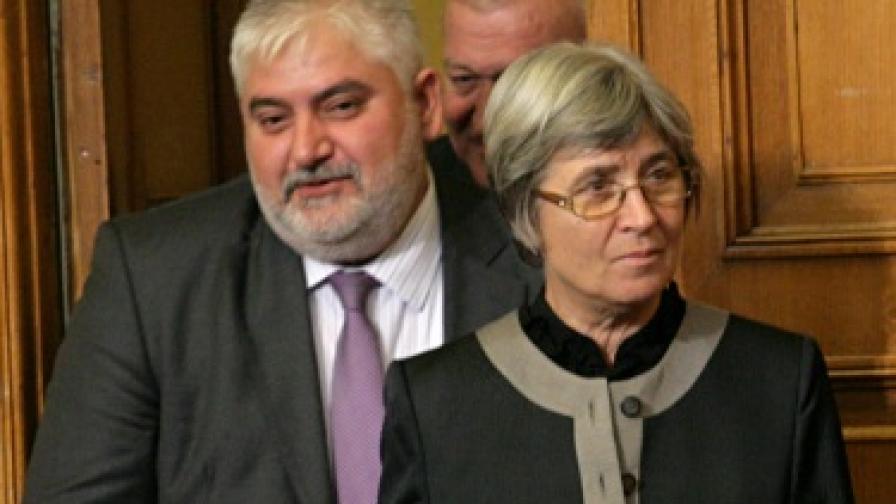Анастас Анастасов (л.) и Венета Марковска (д.)