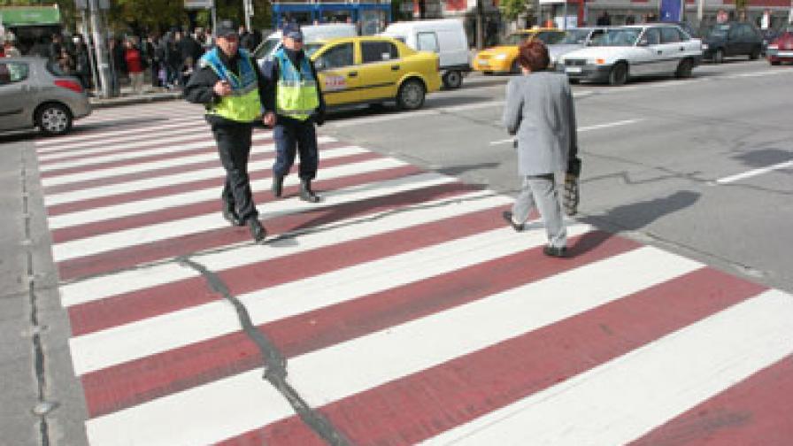 КАТ снима и на пешеходните пътеки в София