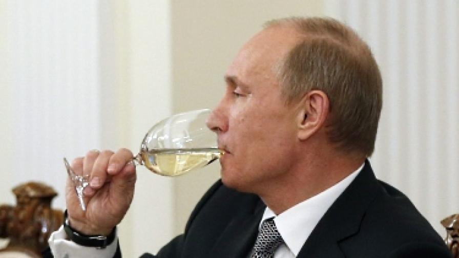 Путин, Медведев и Църквата – с най-голямо доверие сред руснаците
