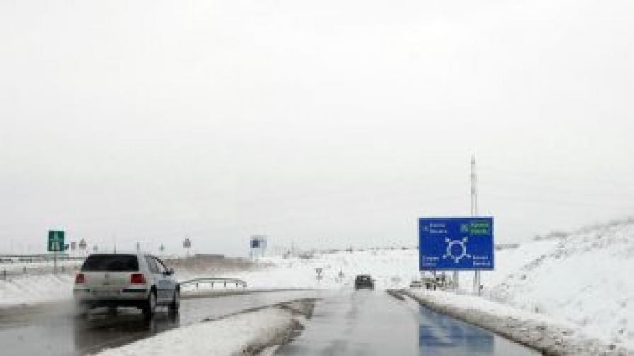 От утре - зимно поддържане на пътната мрежа
