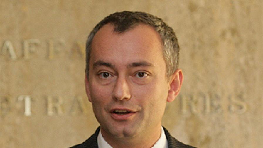 Младенов: Ще подкрепим Македония за ЕС, ако...