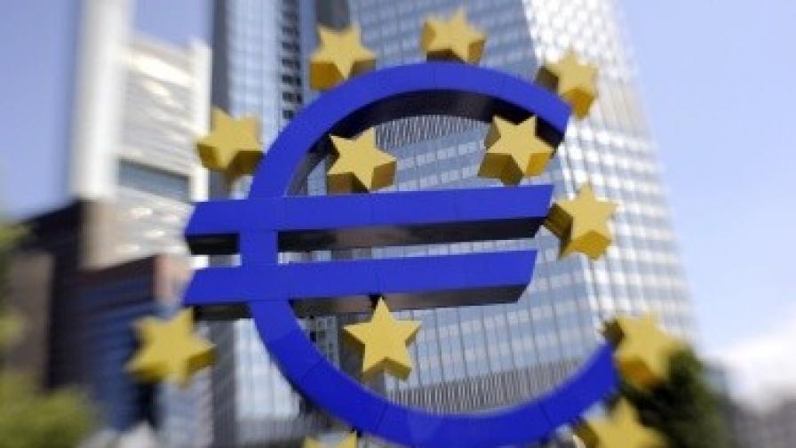 """""""Стандард енд Пуърс"""" отново смята, че Гърция е пред фалит"""