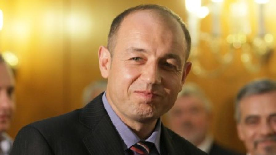Всеки трети българин е помогнал на непознат човек