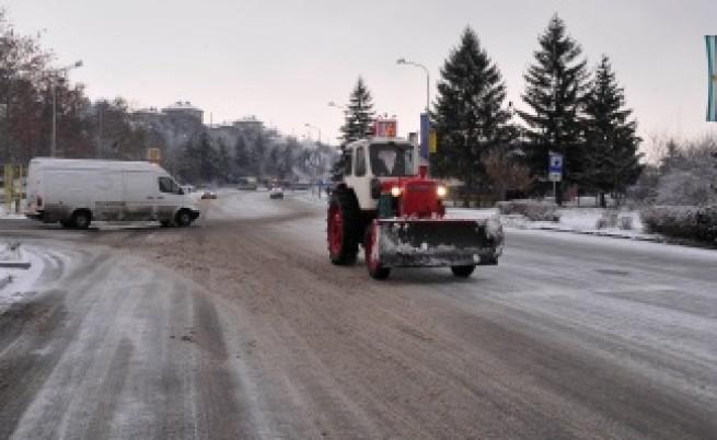 По няколкостотин коли в минута напускат София