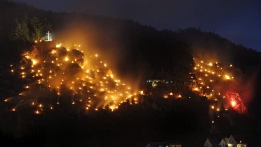На много места в Германия по Коледа се провеждат светлинни шествия