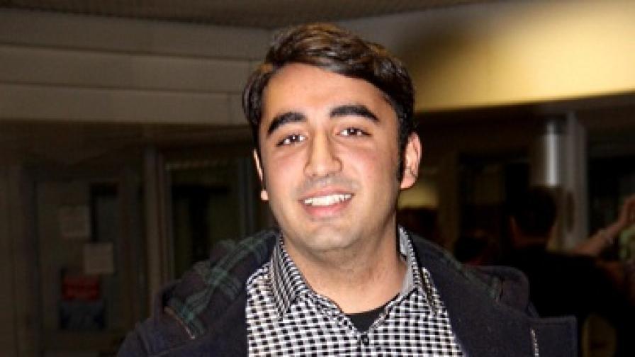 Синът на Беназир Бхуто влиза в голямата политика