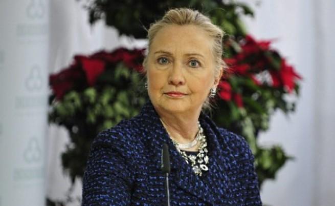 Обвиниха Хилари Клинтън в двуличие