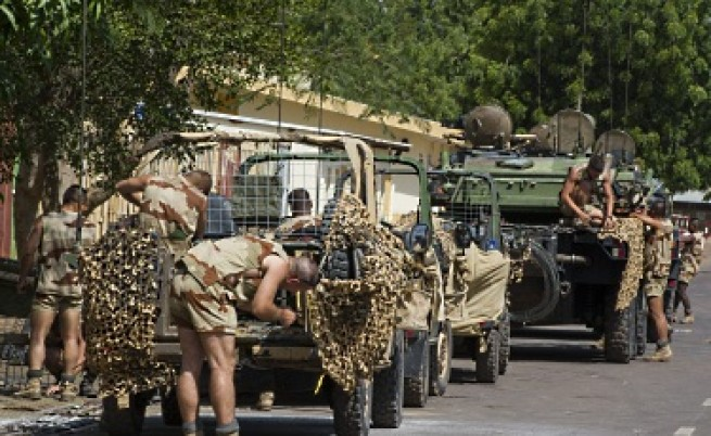 Френски сухопътни сили настъпват в Северно Мали