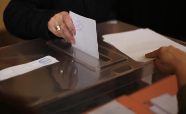 НЦИОМ: 27-37 на сто от пълнолетните ще участват в референдума