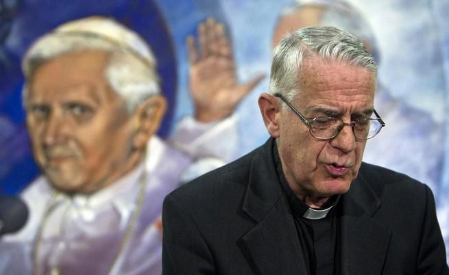 Папата имал пейсмейкър, но не той бил причината да се оттегли