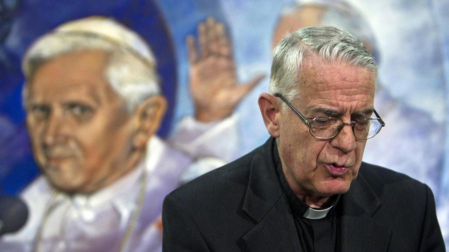 Говорителят на Ватикана Федерико Ломбарди