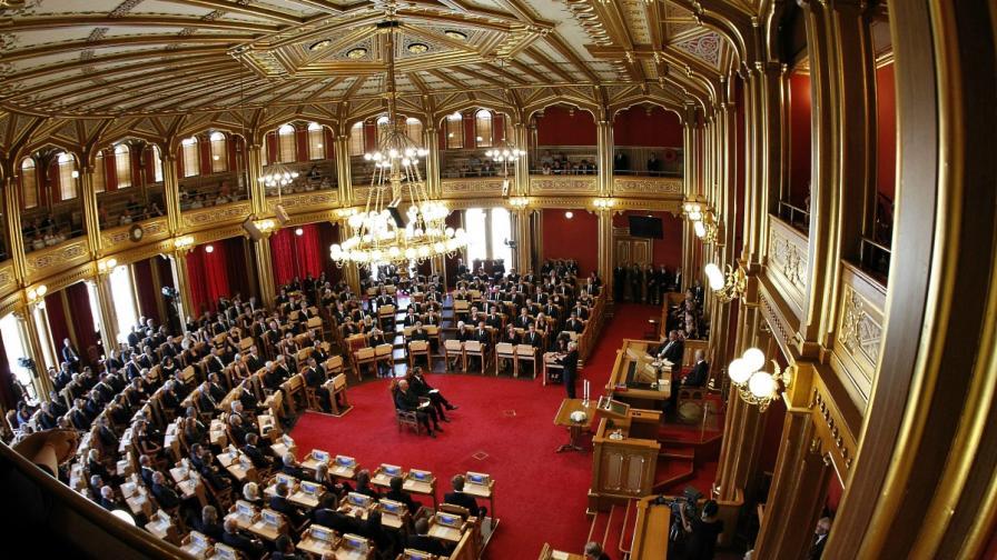 Норвежката полиция арестува мъж, заплашил да взриви парламента