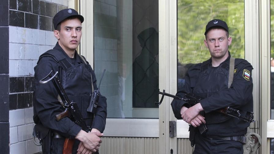 Русия: Задържаха 90 души при акции срещу мафията