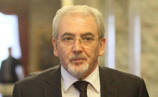 Местан: Цацаров да започне наказателно преследване срещу Борисов