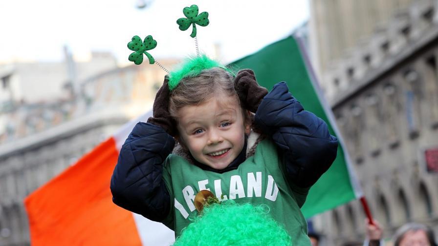 Ирландци отбелязаха Деня на Свети Патрик с огромен парад