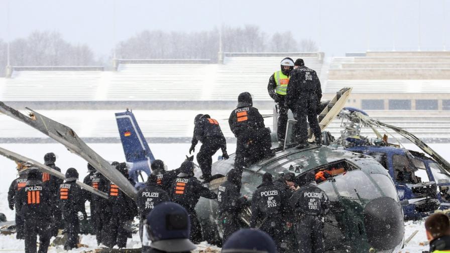 Два хеликоптера се сблъскаха край Олимпийския стадион в Берлин