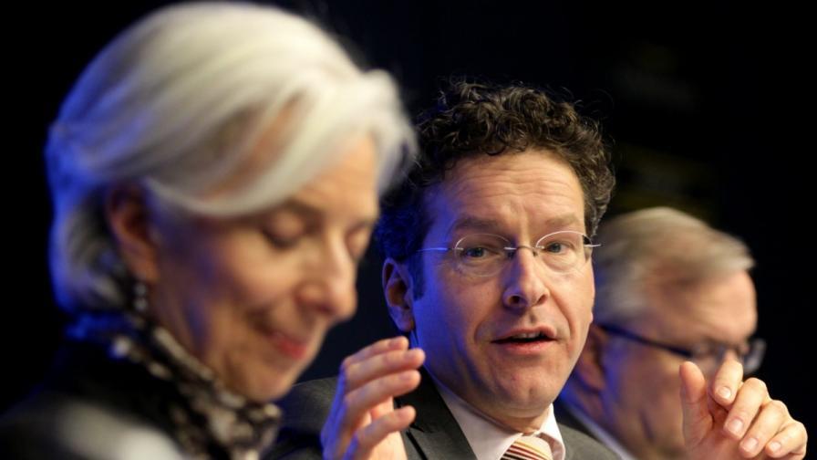 В ЕС се разбраха: Финансите на Кипър са спасени
