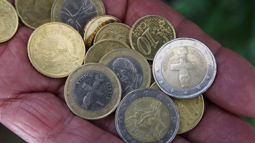 Лондонски брокер: Вече има два вида евро